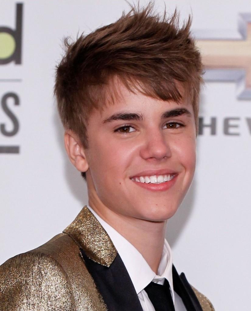 Justin Bieber Age & Birthday