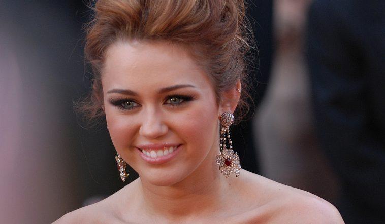 Miley Cyrus Age & Birthday