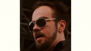 Adam Gontier Age and Birthday