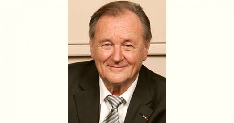 Albert Uderzo Age and Birthday