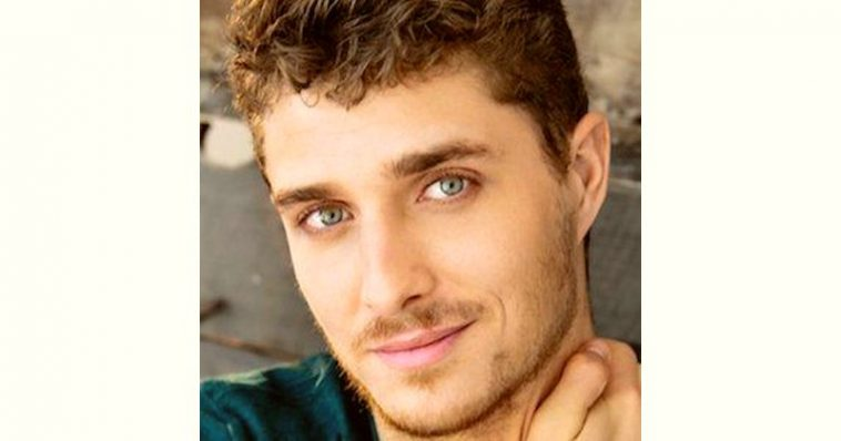 Alex Cubis Age and Birthday