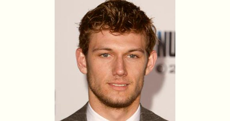 Alex Pettyfer Age and Birthday