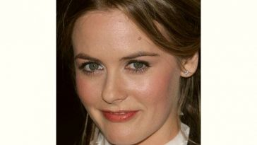 Alicia Silverstone Age and Birthday