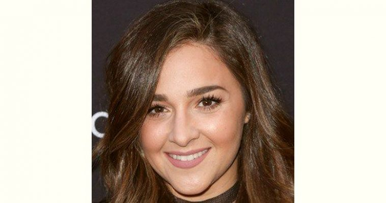 Alisan Porter Age and Birthday