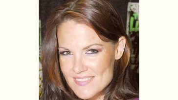 Amy Dumas Age and Birthday