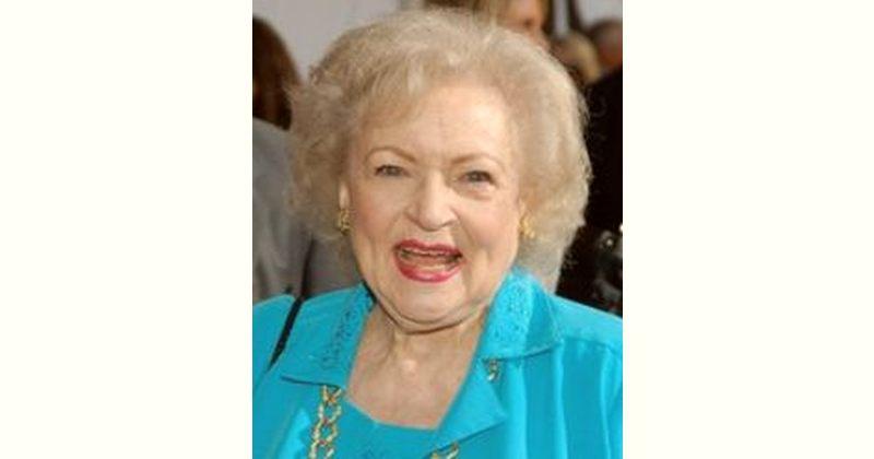 Betty White Age and Birthday