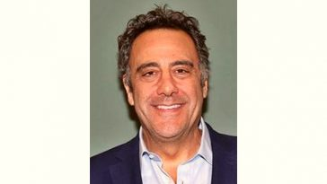 Brad Garrett Age and Birthday