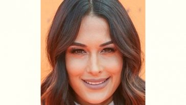Brie Bella Age and Birthday