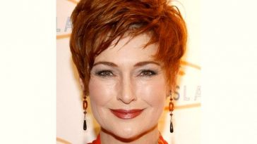 Carolyn Hennesy Age and Birthday