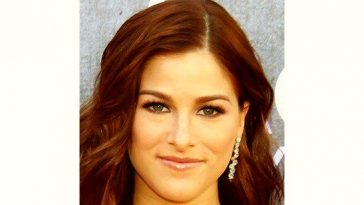 Cassadee Pope Age and Birthday