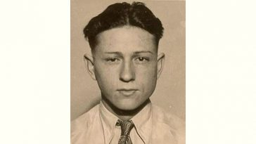Clyde Barrow Age and Birthday