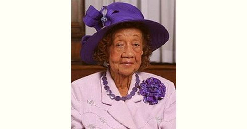 Dorothy Height Age and Birthday