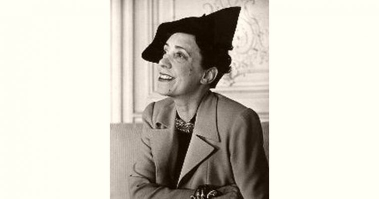 Elsa Schiaparelli Age and Birthday