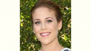 Erin Krakow Age and Birthday