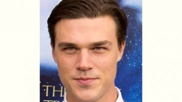 Finn Wittrock Age and Birthday