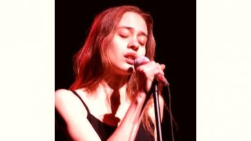 Fiona Apple Age and Birthday