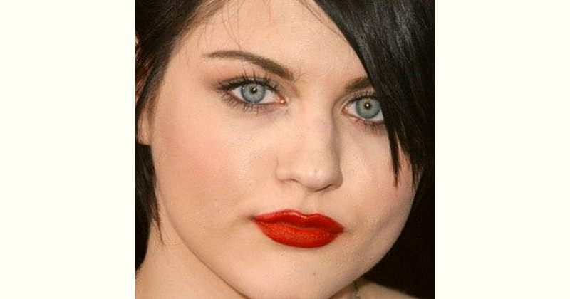 Frances Cobain Age and Birthday