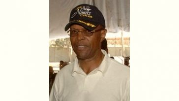 Gale Sayers Age and Birthday