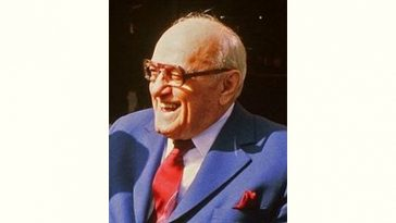 George Halas Age and Birthday