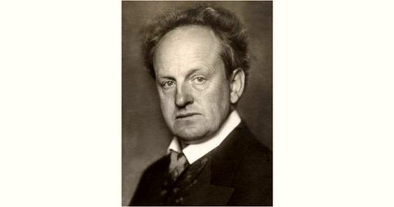 Gerhart Hauptmann Age and Birthday