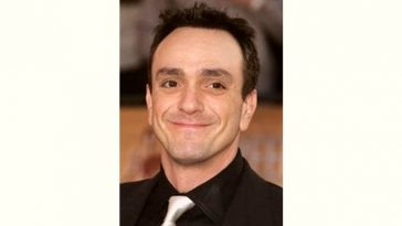 Hank Azaria Age and Birthday