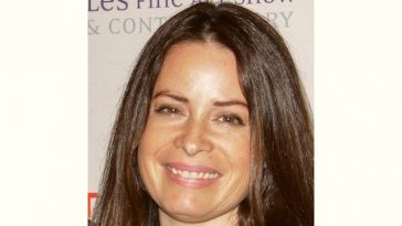 Holly Combs Age and Birthday