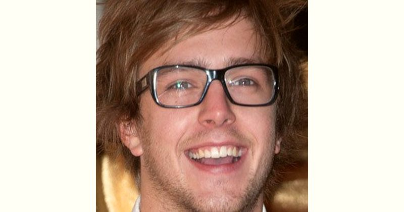 Iain Stirling Age and Birthday