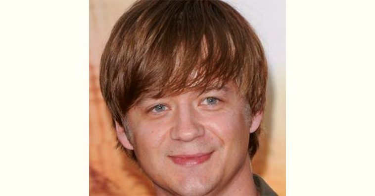 Jason Earles Age and Birthday