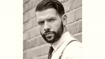Jay Hutton Age and Birthday