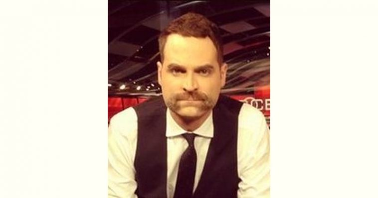 Jay Onrait Age and Birthday