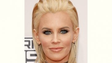 Jenny Mccarthy Age and Birthday