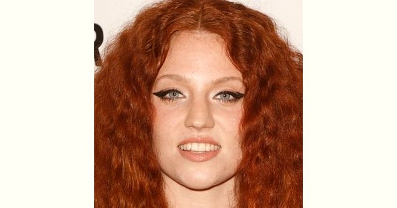 Jess Glynne Age and Birthday