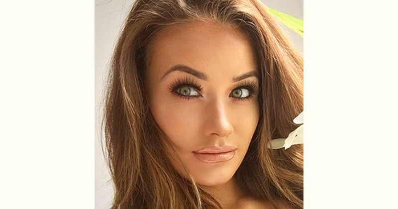 Jess Impiazzi Age and Birthday
