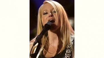 Jewel Kilcher Age and Birthday
