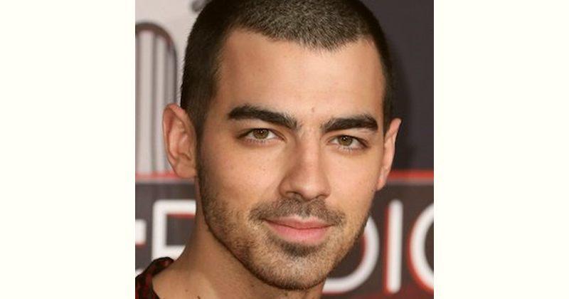 Joe Jonas Age and Birthday