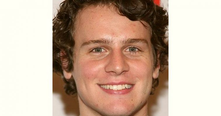 Jonathan Groff Age and Birthday