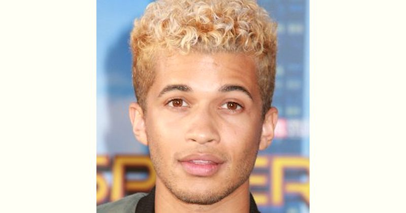 Jordan Fisher Age and Birthday