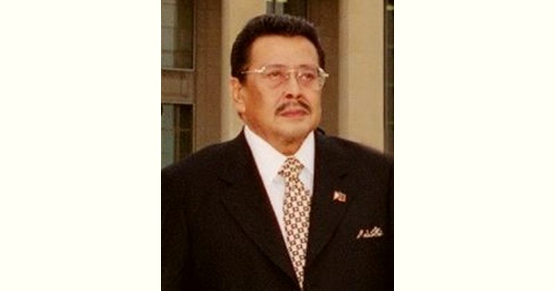 Joseph Estrada Age and Birthday