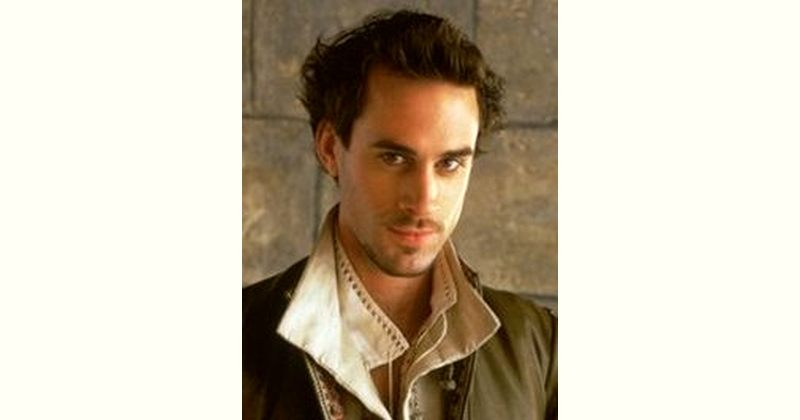 Joseph Fiennes Age and Birthday