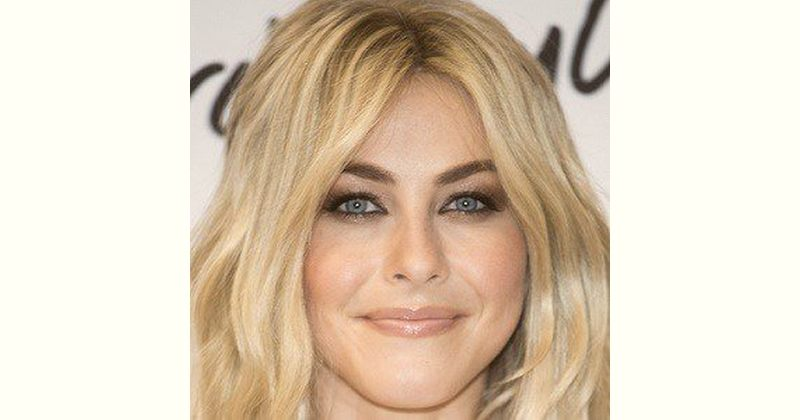 Julianne Hough Age and Birthday