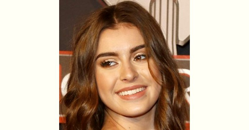 Kalani Hilliker Age and Birthday