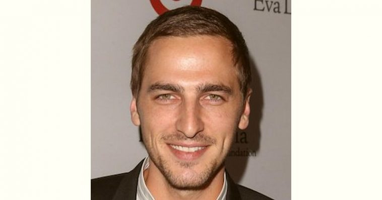 Kendall Schmidt Age and Birthday