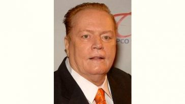 Larry Flynt Age and Birthday