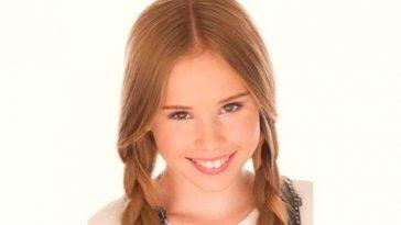 Lexee Smith Age and Birthday