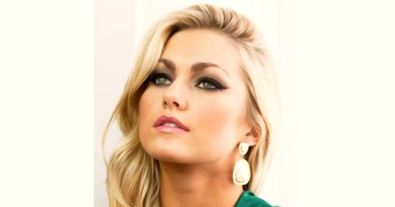 Lindsay Arnold Age and Birthday