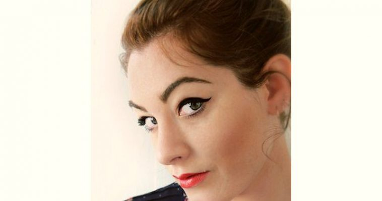 Mandy Harvey Age and Birthday