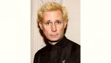 Mike Dirnt Age and Birthday