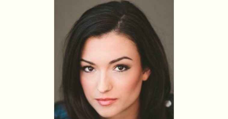 Natasha Negovanlis Age and Birthday
