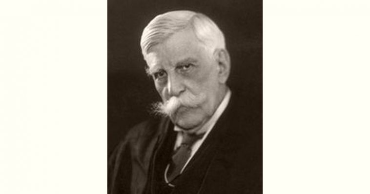 Oliver Wendell Holmes Jr Age and Birthday