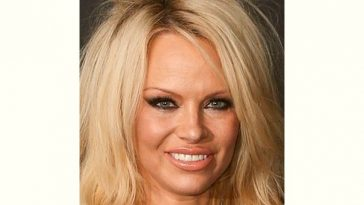 Pamela Anderson Age and Birthday